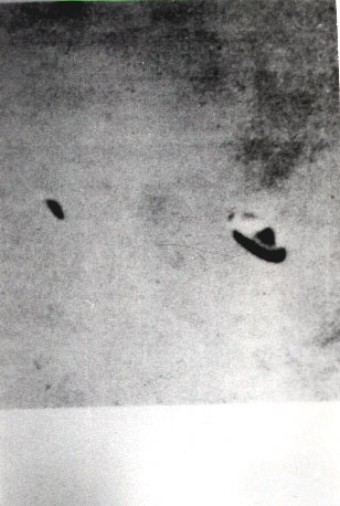 Fig. #12a: Black-white photograph of a UFO type K3
